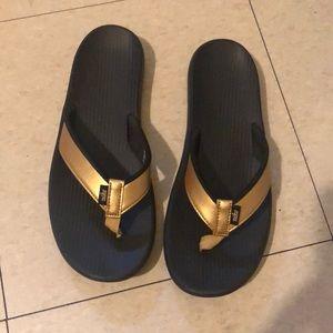 Nike flip flops use ones